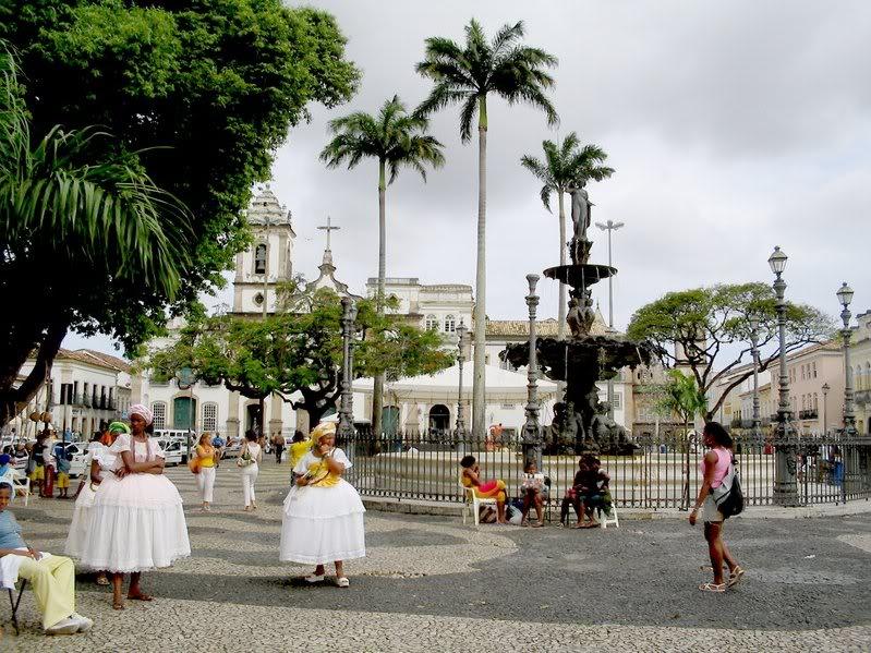 Bahianas bailando en Salvador de Bahía