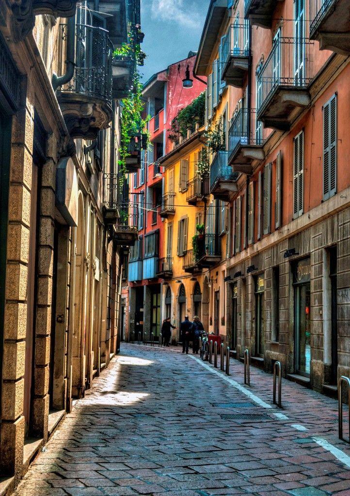 Milán, via S. Maurilio