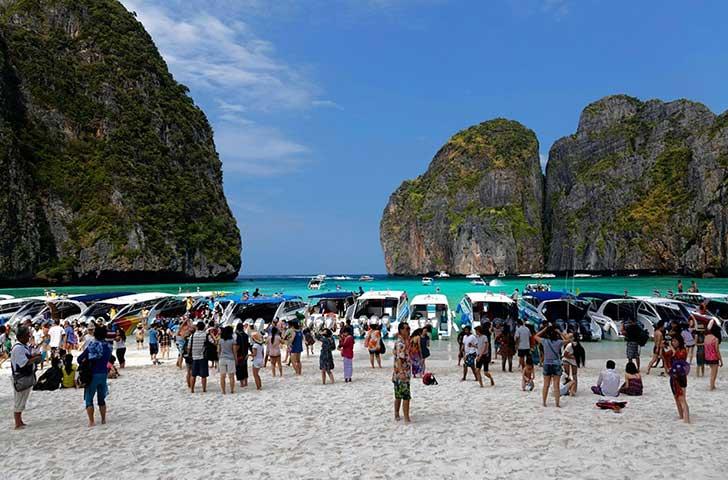Playas de Tailandia llenas de gente