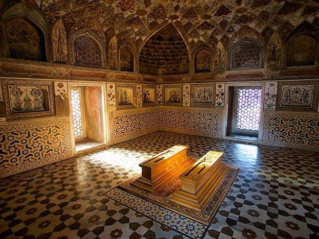 Interior del Mausoleo del Taj Mahal