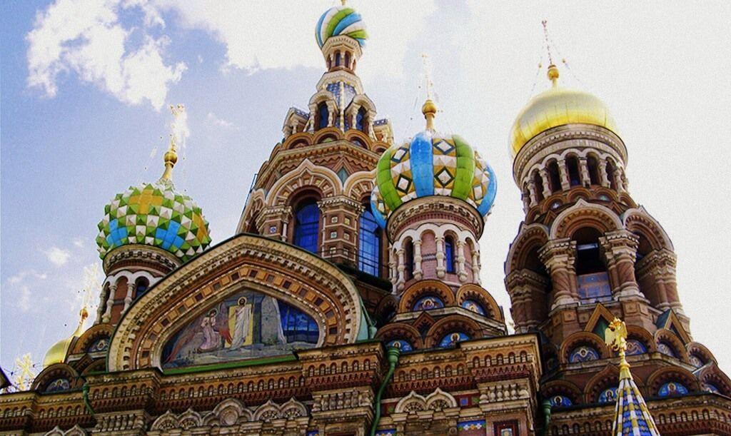Una de las típicas postales que visitaras en tu viaje a San Petersburgo